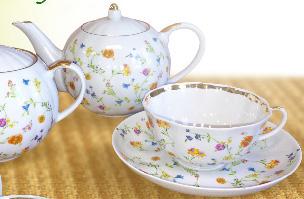 """Чайный сервиз """"Полевые цветы"""""""